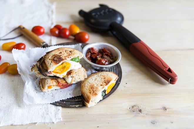 cheese-and-tomato-toasties