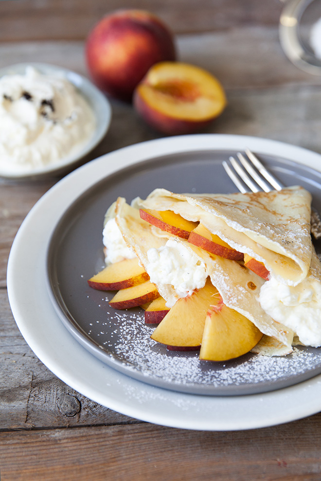 Peaches-and-cream-pancakes