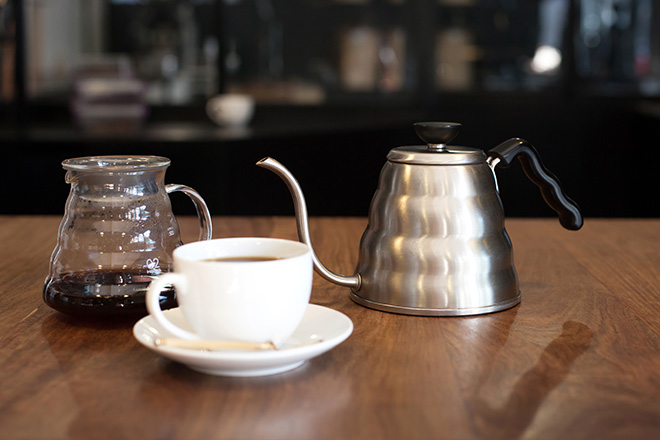 pour-over-coffee-with-hario
