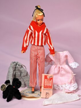 Lot FRASHER'S DOLL AUCTION - ONLINE ONLY BIDDING