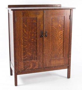 Lot Antiques, 20th C. Design, Dec. Arts, Ceramics