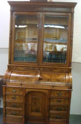 Lot Mid-Century Modern Furniture & Decorative'