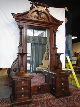 Lot Fabulous May Liquidation and Estate Auction