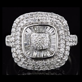 Lot Pawn Shops Liquidate Excess Jewelry Inventory