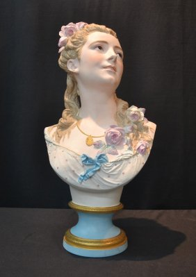 Lot Fall Antiques & Collectibles