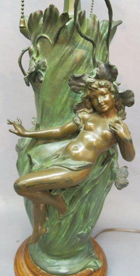 Lot Antiques & Decorative Arts Auction