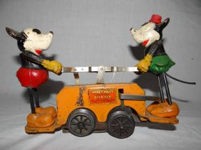 Lot  Automobilia, Advertising & Toy Auction