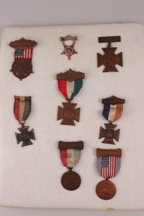 Lot Military,Jewelry,nodders,Vintage