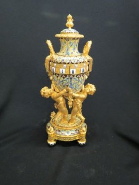 Lot Two Day Antique Auction Nov 22 Session