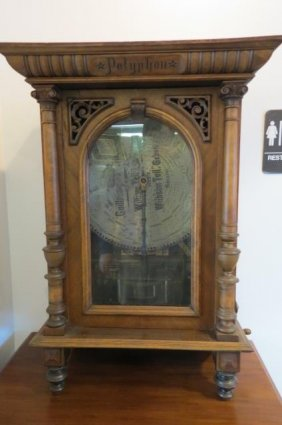 Lot Huge Antique Auction Friday March 4
