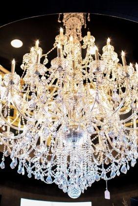 Lot 6/25/16 Guiding Light: Lighting & Antiques