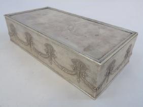 Lot Decorative Objects, Furniture, Art & Jewelry