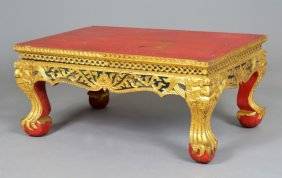 Lot International Art and Antiques