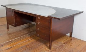 Lot Mid-Century Modern & Decorative Arts Auction