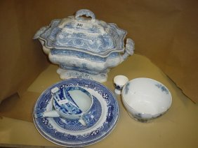 Lot Antique and collectibles