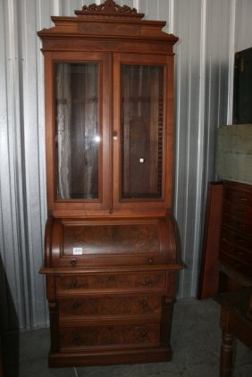 Lot Antique & Collectible Auction