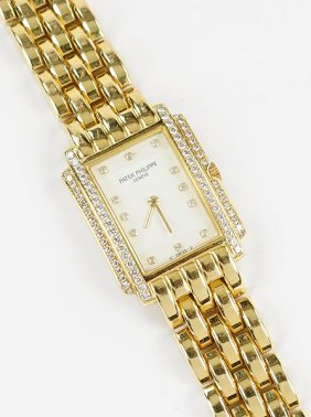 Lot Sale 176: Fine Jewelry, Timepieces & Furs