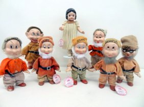Lot DOLLS & DOLLHOUSE MINIATURE AUCTION
