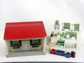 Lot DOLLS & DOLLHOUSE MINIATURE AUCTION