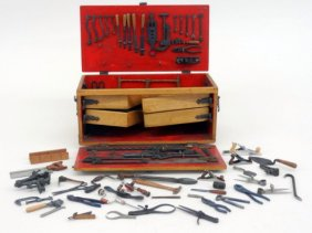 Lot  Spring  Dollhouse & Miniatures Auction