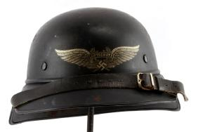 Lot  WWII GERMAN & AMERICAN MILITARY AUCTION