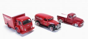 Lot Racing and Automobilia, Estate Collection