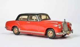 Lot 67th Toy and Advertising Auction, Part II