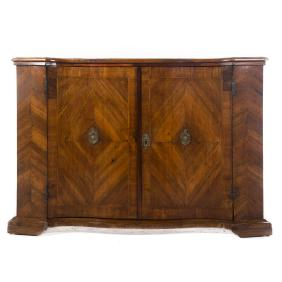 Lot Furniture, Fine & Decorative Arts