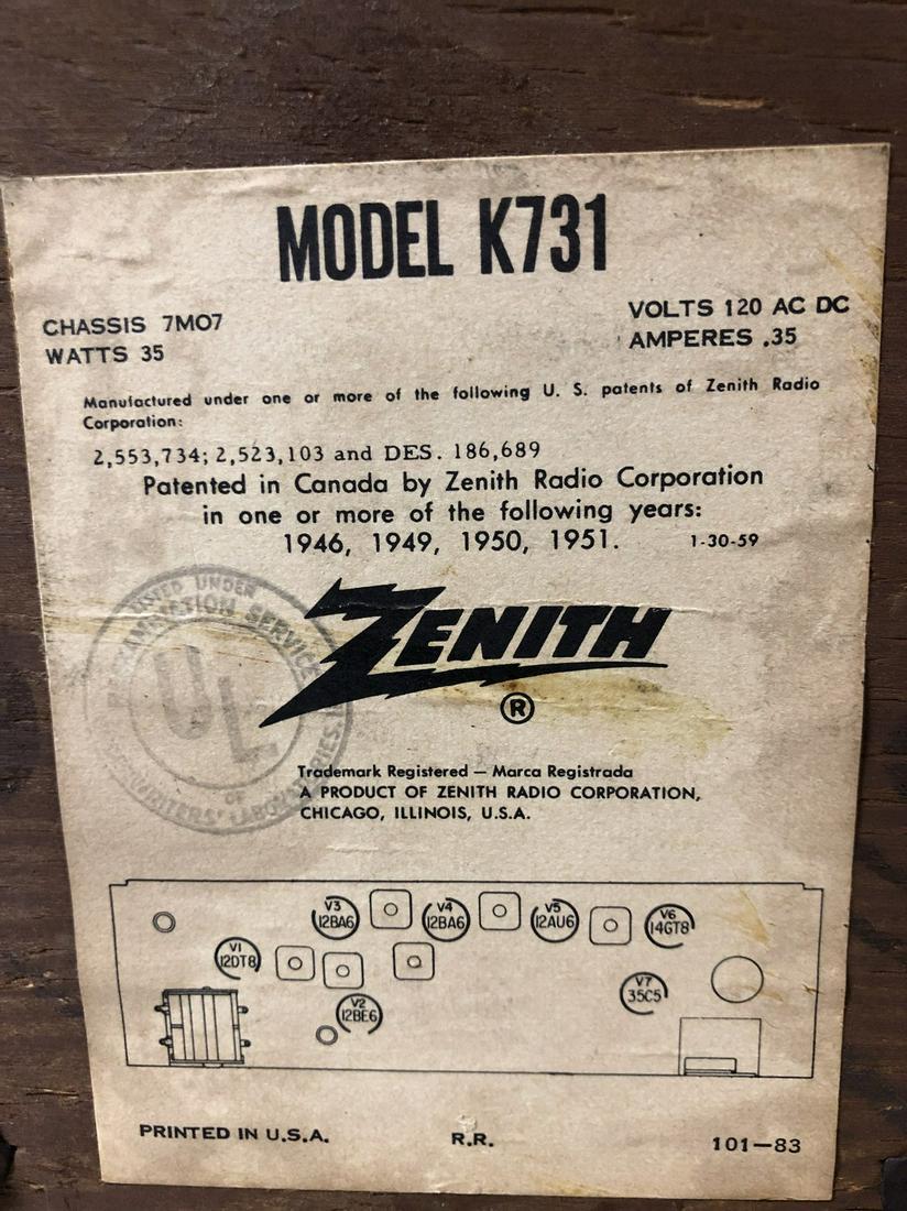 Vintage-Zenith-AM-FM-Long-Distance-Table-Top-Tube-Radio-S-58040 thumbnail 6