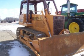 Lot Farm and Construction Equipment Auction