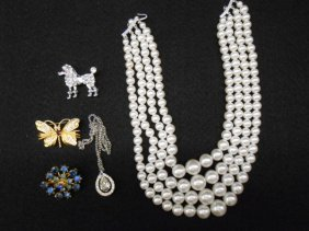 Lot ESTATE, JEWELRY &  CURIOUS GOODS AUCTION