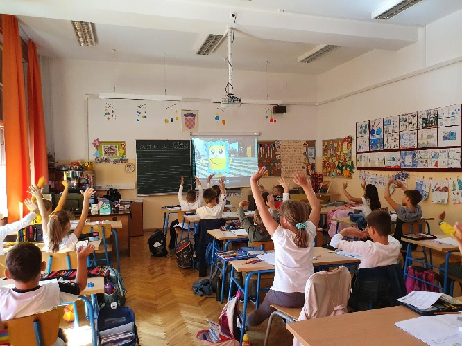 World Postcard Day events in Croatian schools