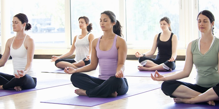Curso de Yoga en la Universidad de la Costa