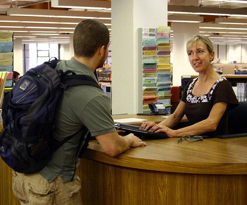 contactenosbiblioteca