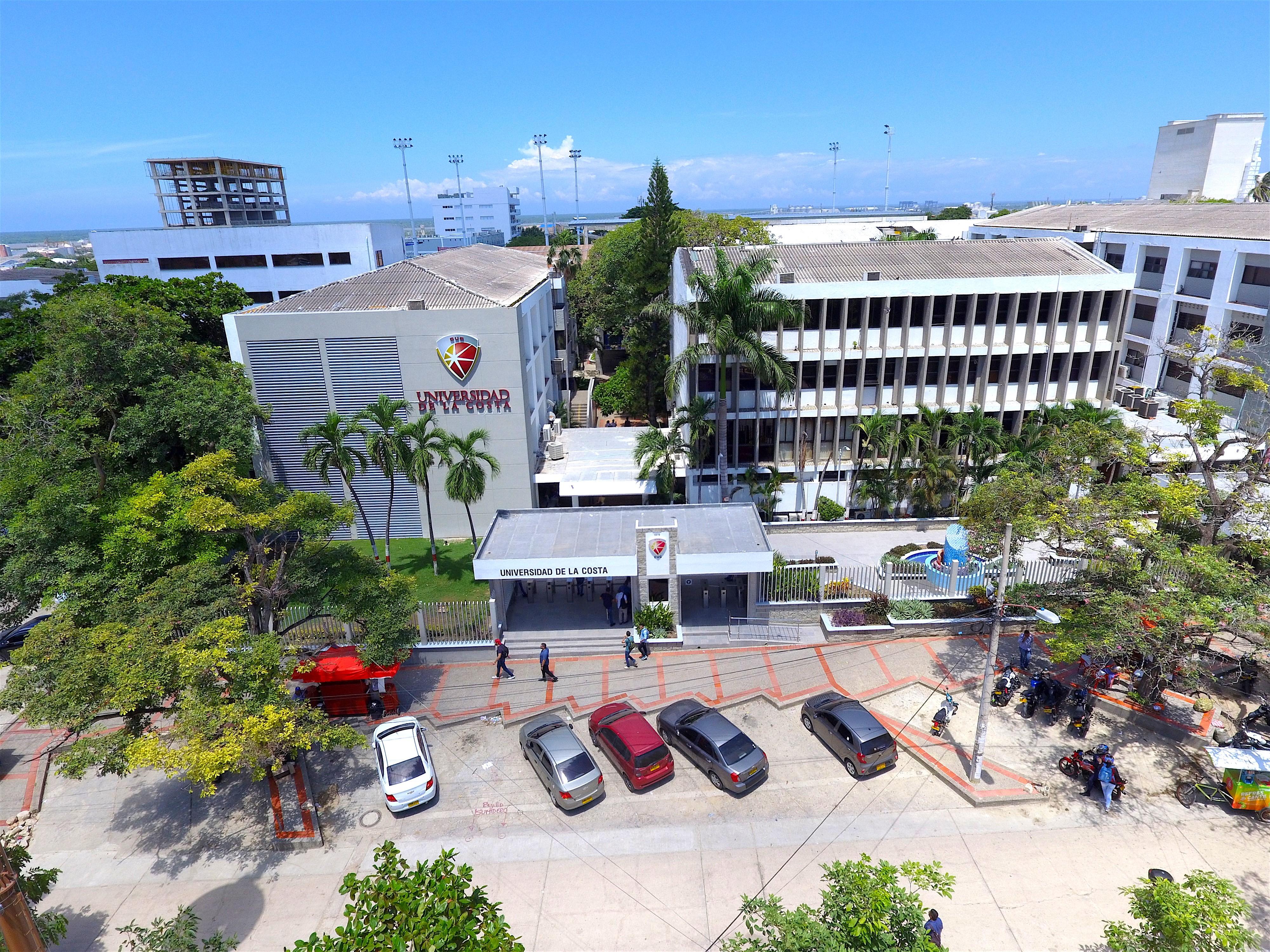 Fachada universidad de la Costa