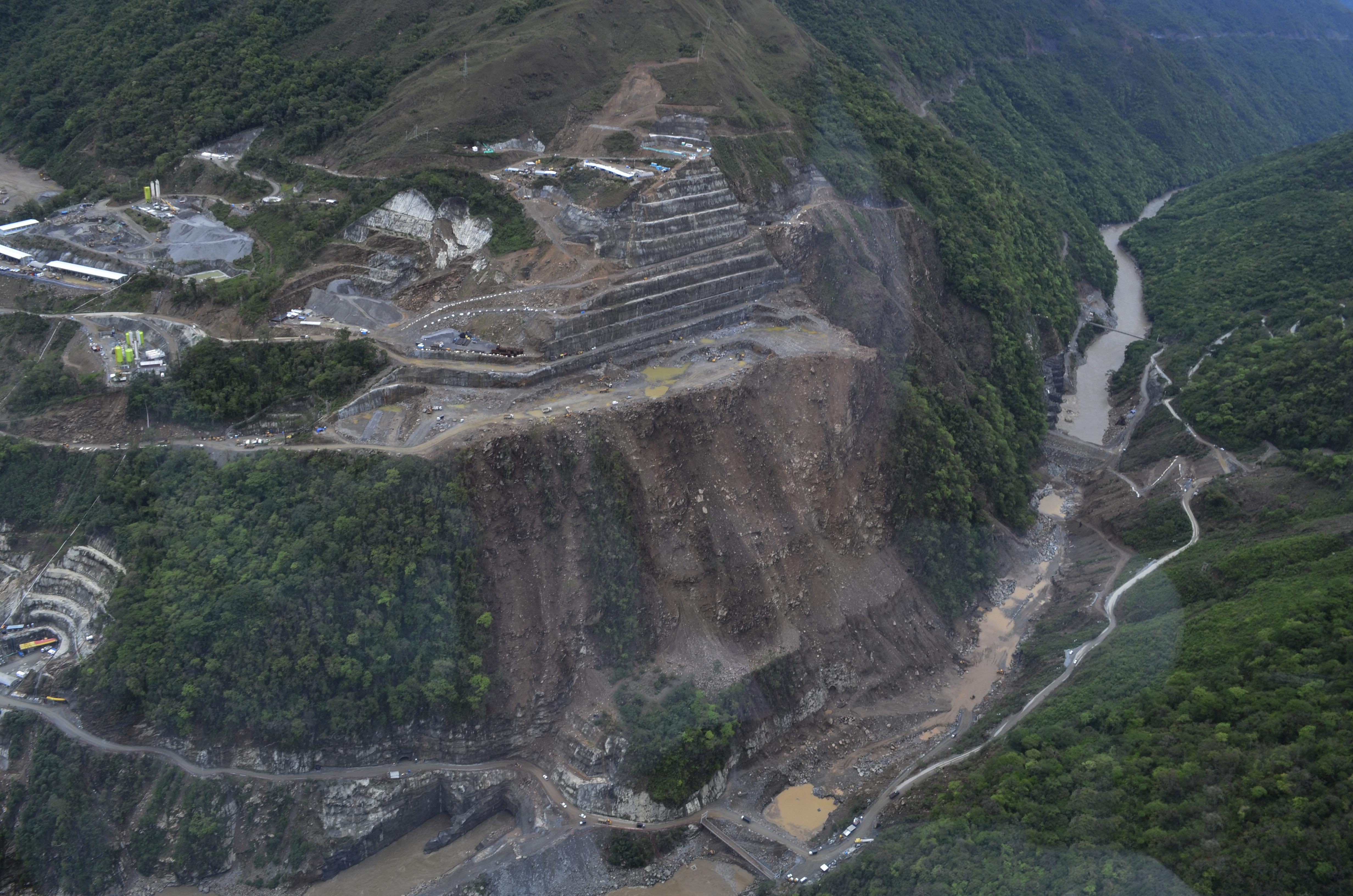 Proceso de construccion del Proyecto Hidroelectrico Ituango