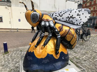 Bee sculpture
