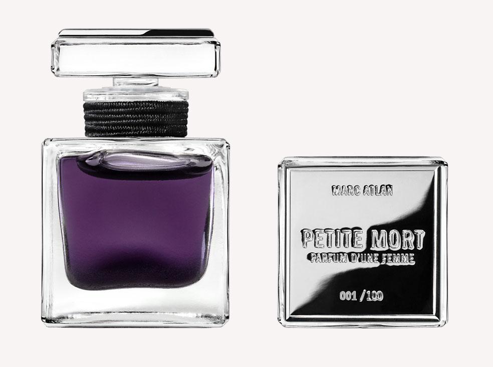Stefan's Head - Strapped - Perfume