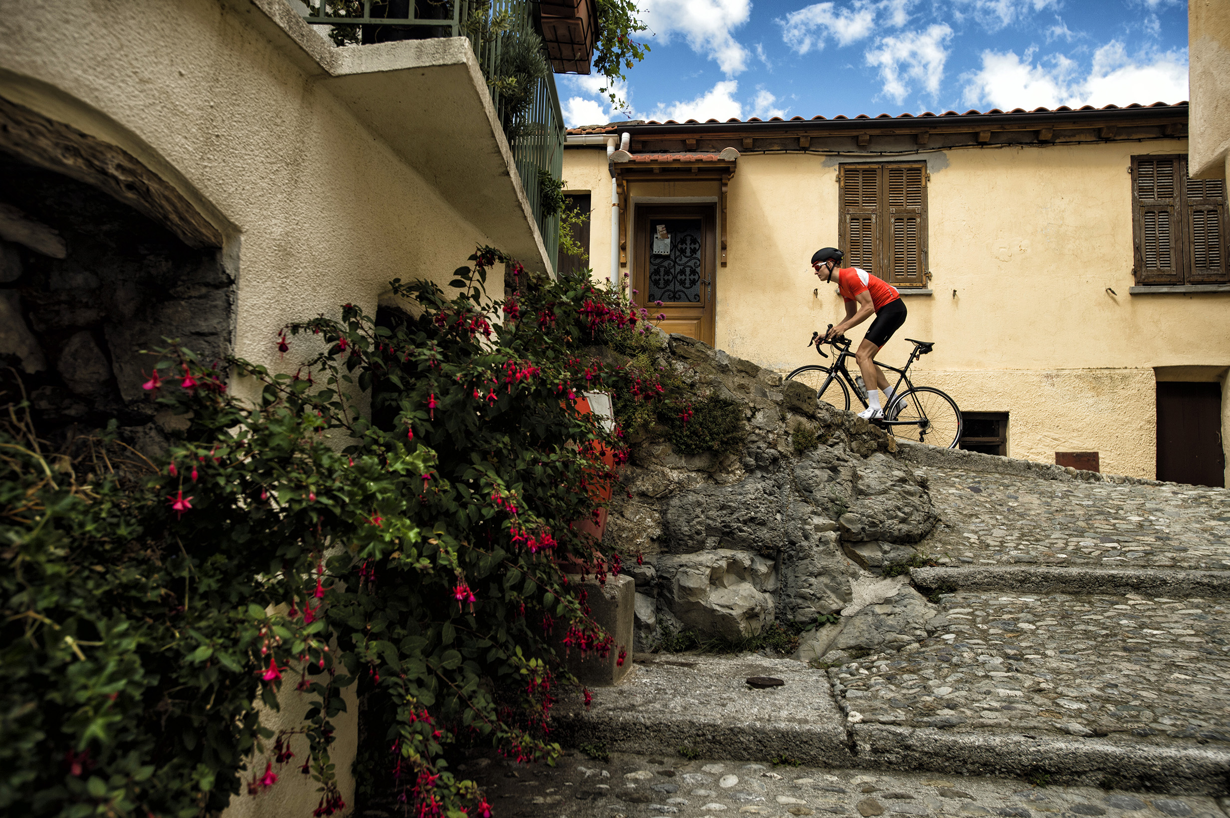 Cycling the Italian Alps: A Bike Tour to Remember