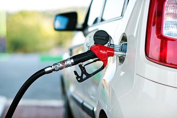 mydriverlicenses.org blog: 4 Reasons Why MyDriverLicenses.org Says to Stick to Regular Gasoline