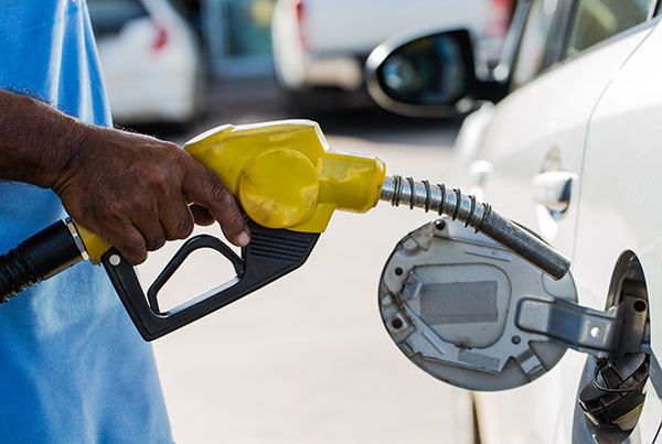 onlinedriverslicenses blog: 6 Things You Should Never Do at a Gas Station According to OnlineDriversLicenses.org