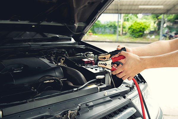 onlinedriverslicenses blog: 9 Instances Where OnlineDriversLicenses.org Notes You Should Not Use Jumper Cables