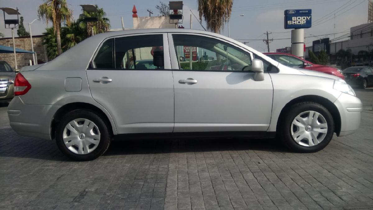 NISSAN Tiida 4p Sedan Sense L4/1.8 Aut