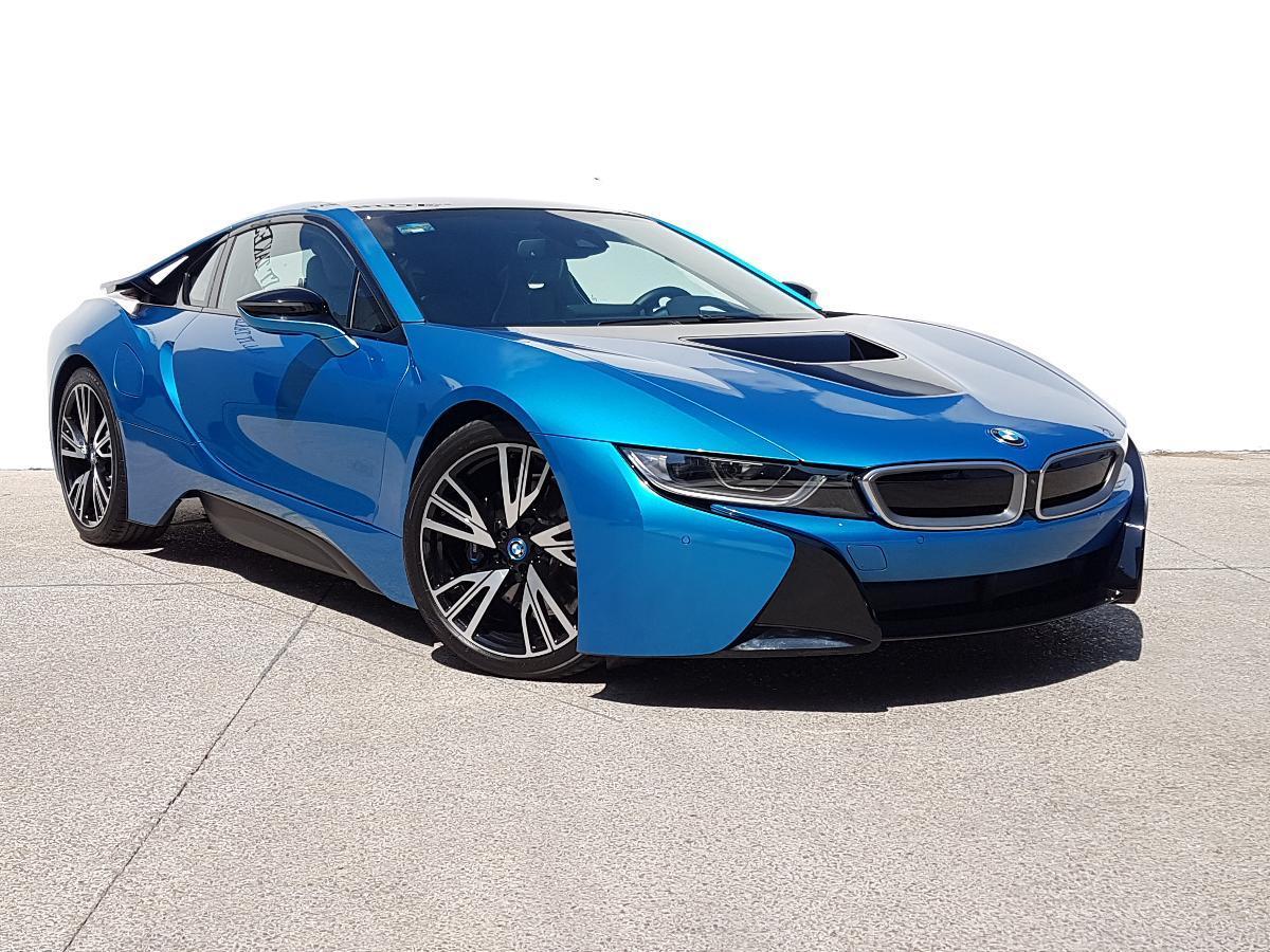 BMW i8 2017 2p Pure Impulse Hibrido L3/1.5/T Aut 2,734 Km 2