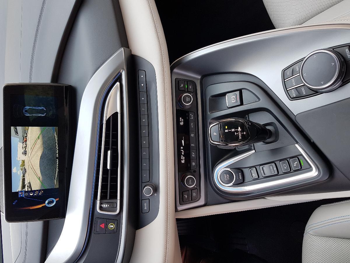 BMW i8 2017 2p Pure Impulse Hibrido L3/1.5/T Aut 2,734 Km 14