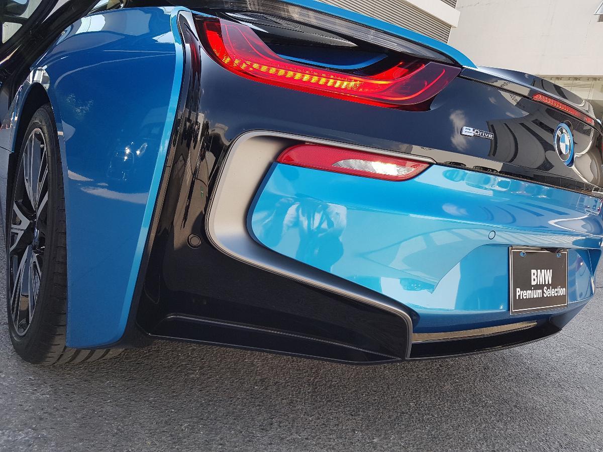 BMW i8 2017 2p Pure Impulse Hibrido L3/1.5/T Aut 2,734 Km 17