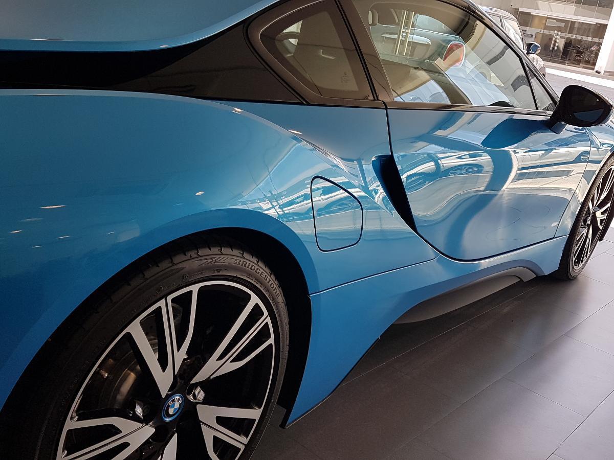 BMW i8 2017 2p Pure Impulse Hibrido L3/1.5/T Aut 2,734 Km 18