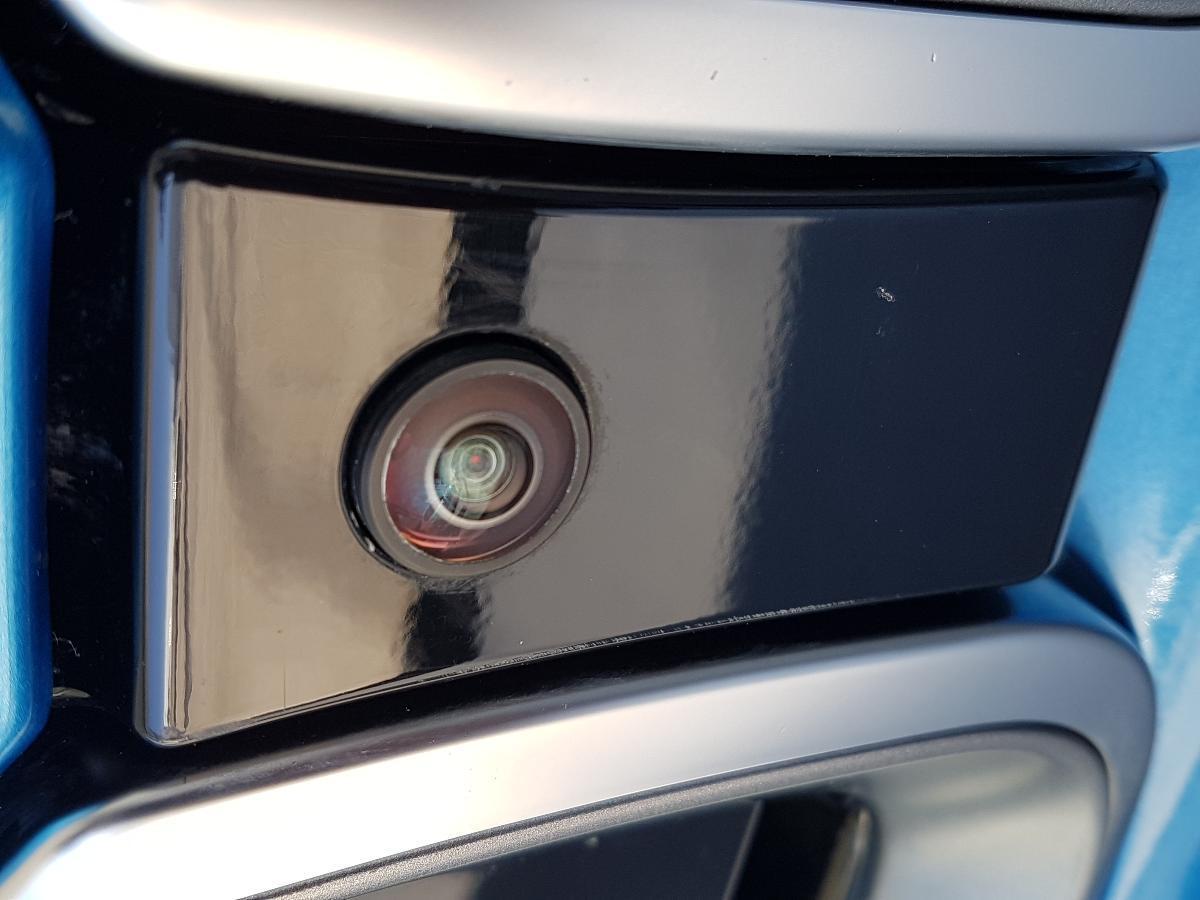 BMW i8 2017 2p Pure Impulse Hibrido L3/1.5/T Aut 2,734 Km 19