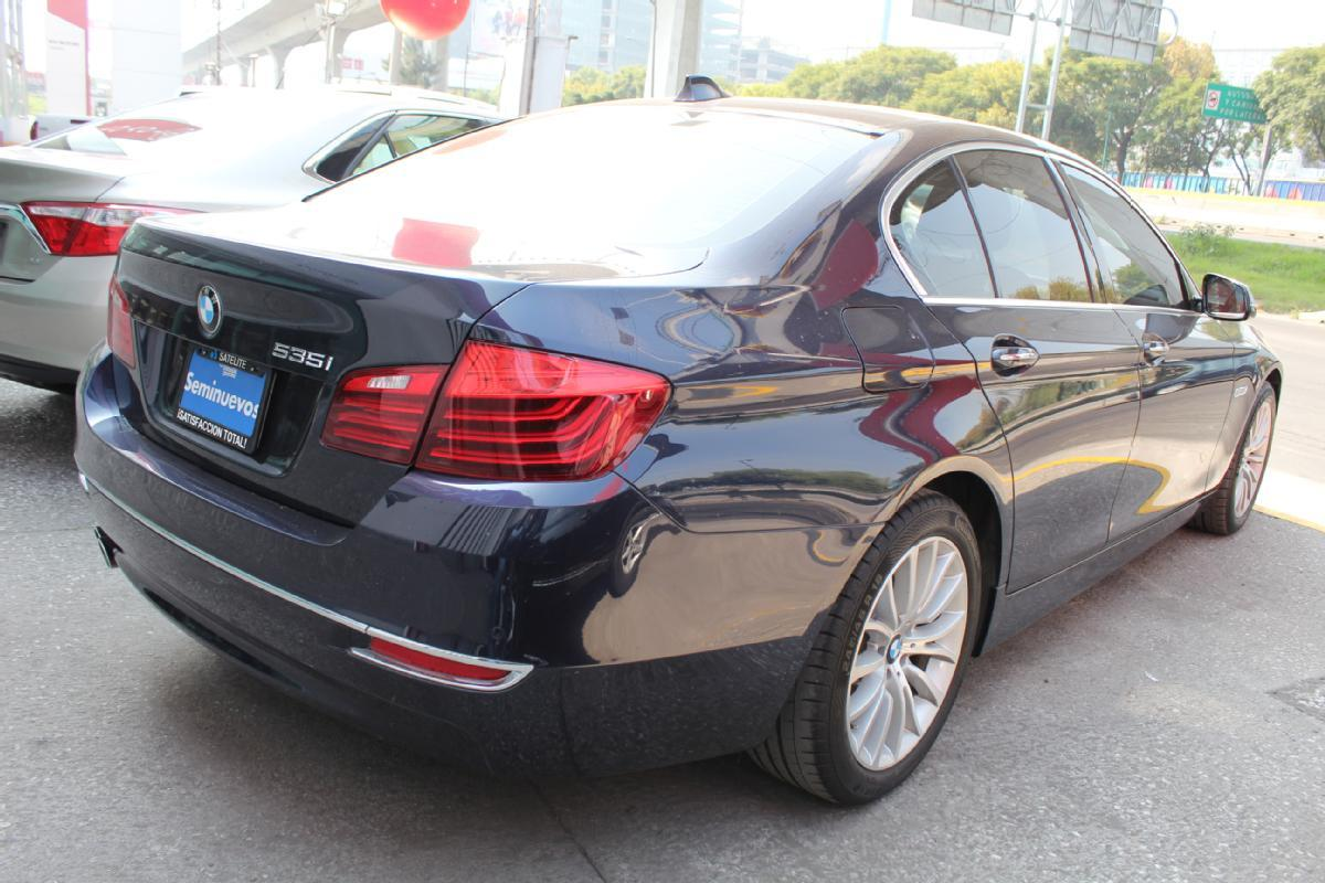 BMW Serie 5 2014 4p 535i Gran Turismo Luxury Line 3.0 aut 50,000km 3