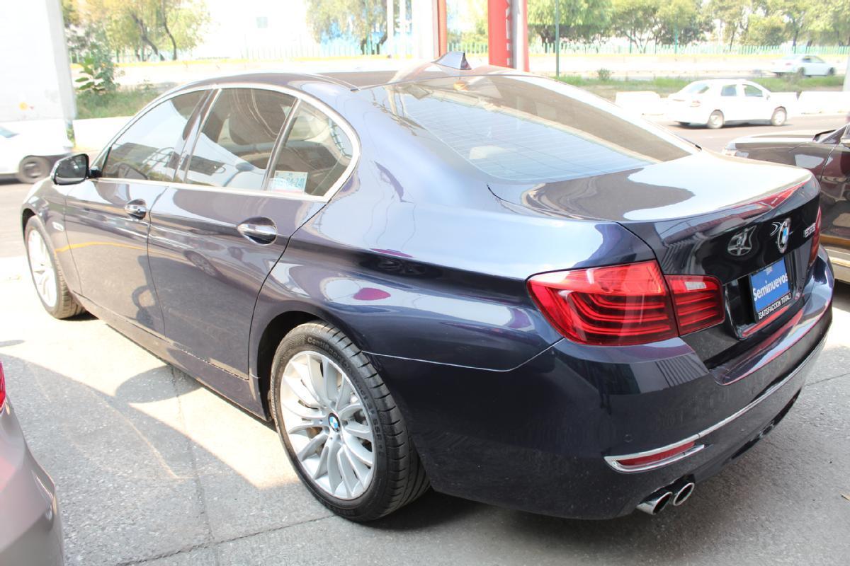 BMW Serie 5 2014 4p 535i Gran Turismo Luxury Line 3.0 aut 50,000km 4